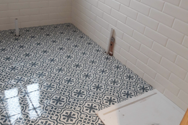bathroom tiling hertfordshire