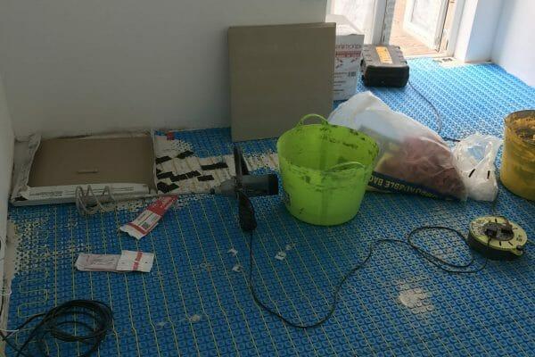 kitchen tiles underfloor heating