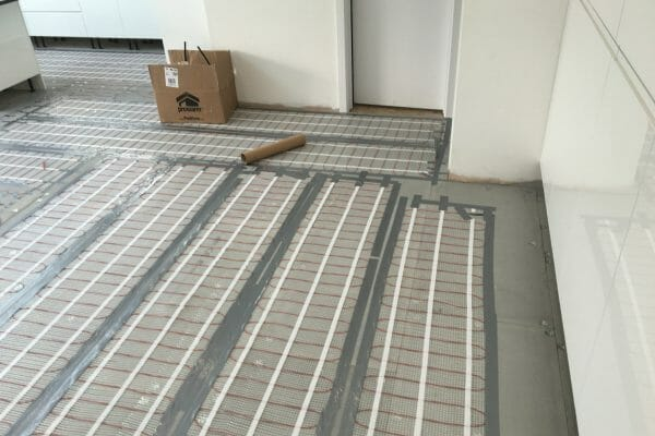 kitchen tiles underfloor heating